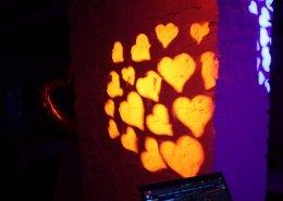 Perfekte Impressionen mit Herz Gobo Muster in den Moving Lights